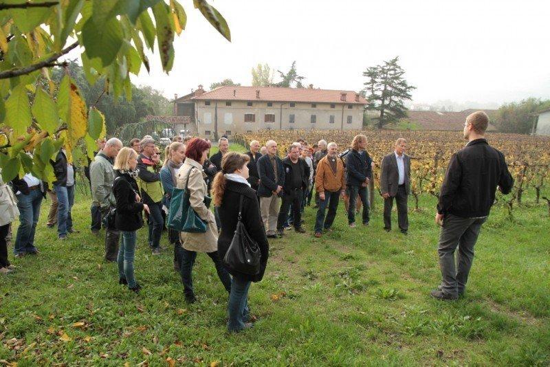 Obiskovalci na kmetiji Malečnik okusili ekološka vina, piro in ostale izdelke