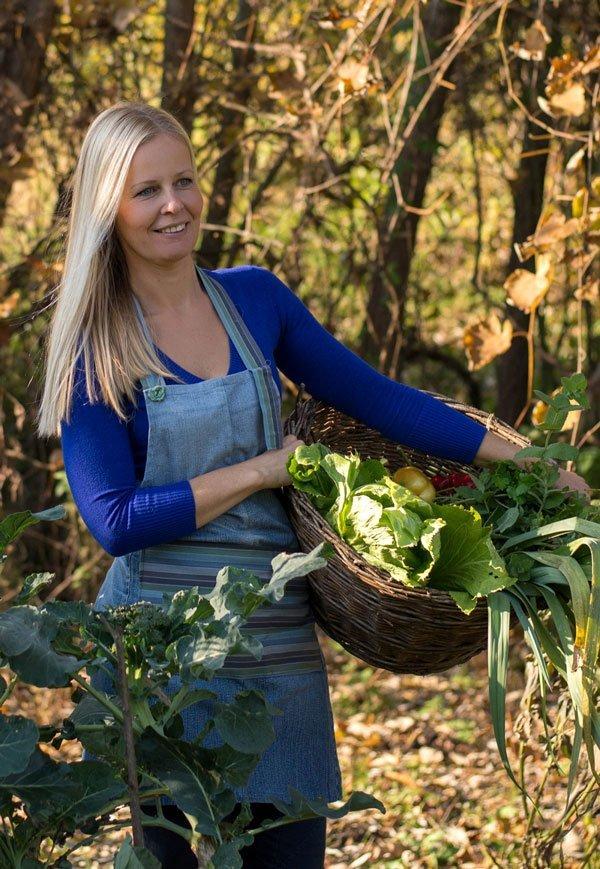 Ekološko vrtnarjenje, permakultura in vsestranske koristi zastirke