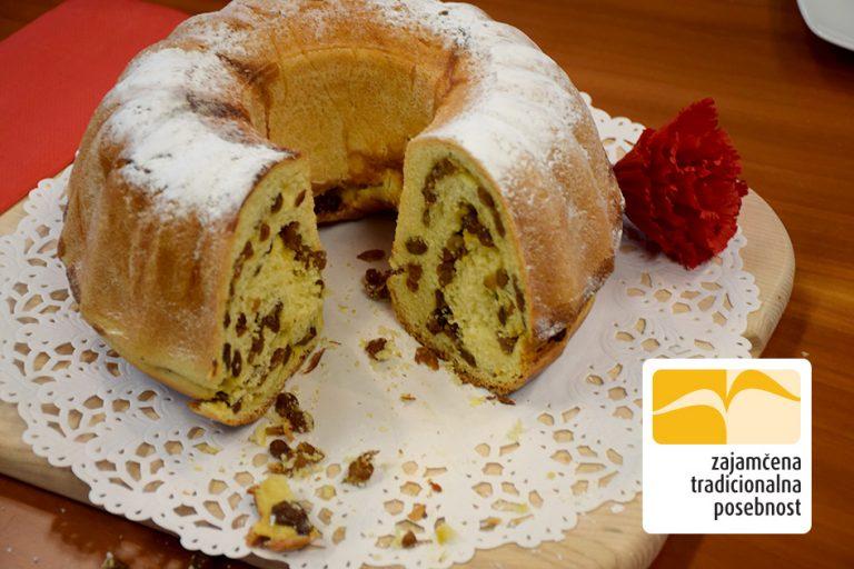 Slovenska potica – rozinov nadev - recept